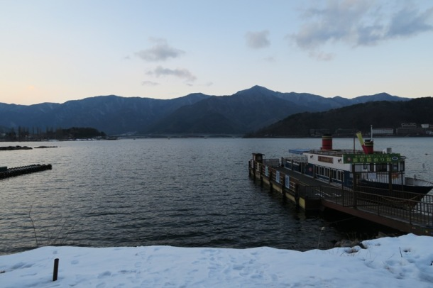 Lake Kawaguchi ko (2)